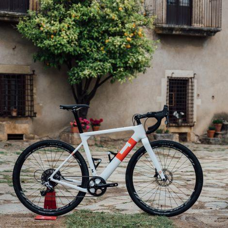 2 days, 2 bikes, 100% bike fun in Girona